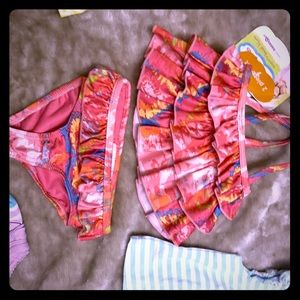 Adorable 2 piece bikini size 3 mo for baby girl!